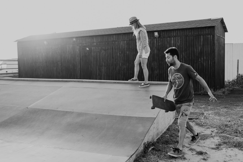 Jose y Deborah camino del skate park