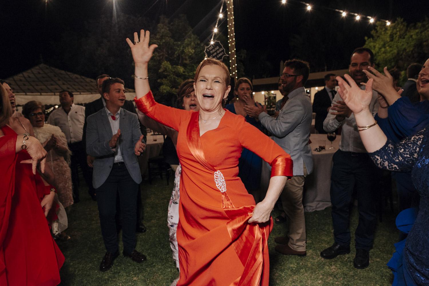 Madrina bailando